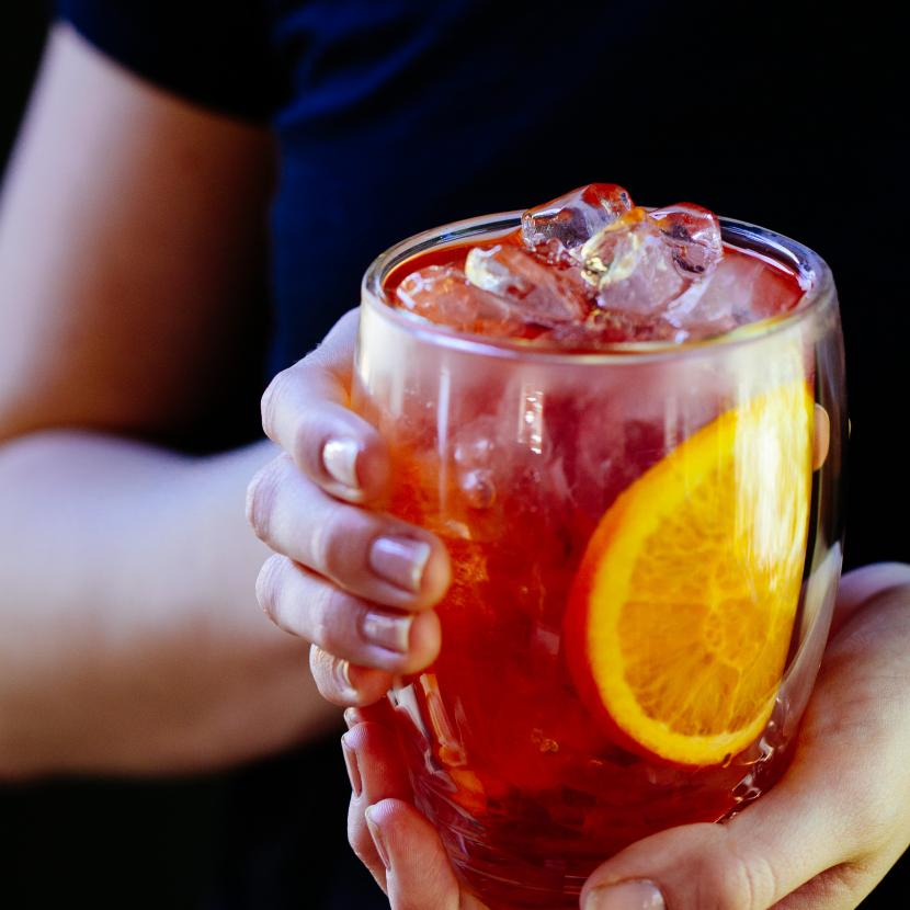 T2 ice cold tea with lemon